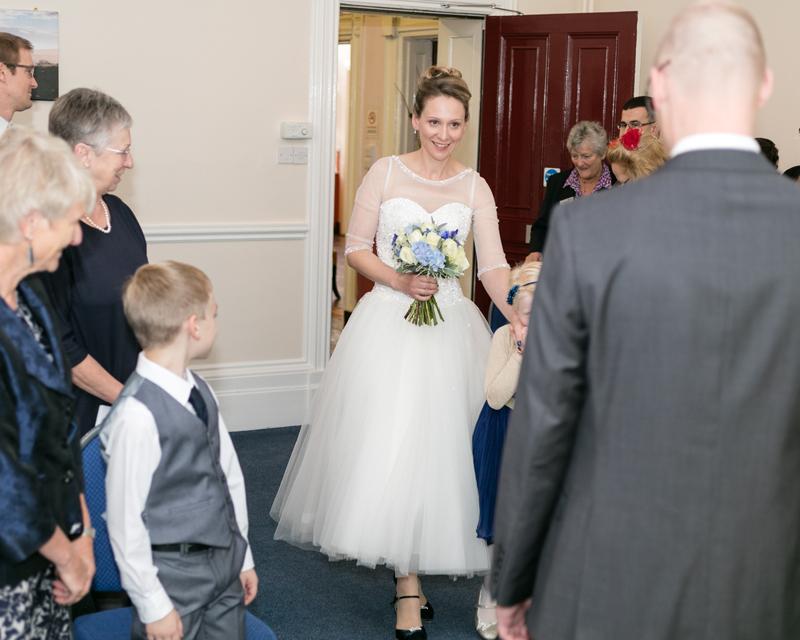 wedding-photography-at-Glebe-Hotel-Warwick15.jpg
