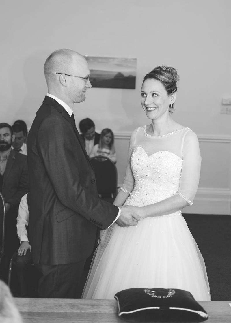 wedding-photography-at-Glebe-Hotel-Warwick17.jpg