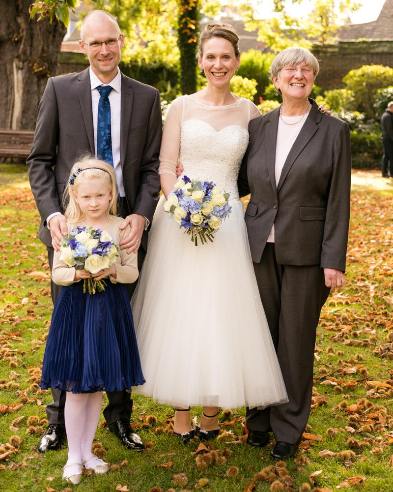wedding-photography-at-Glebe-Hotel-Warwick23.jpg