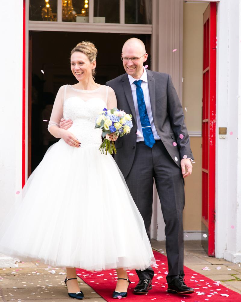 wedding-photography-at-Glebe-Hotel-Warwick28.jpg