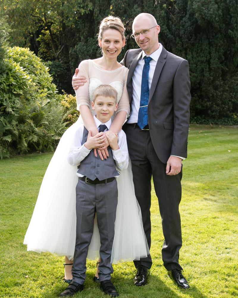 wedding-photography-at-Glebe-Hotel-Warwick37.jpg