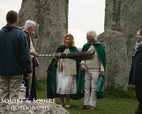 wedding-photography-Stone-Henge-Wiltshire17.jpg