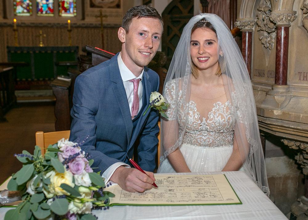 Charringworth-Manor-Wedding-Photography08.jpg