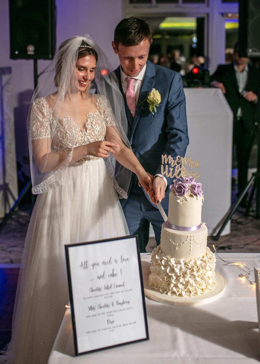 Charringworth-Manor-Wedding-Photography48.jpg