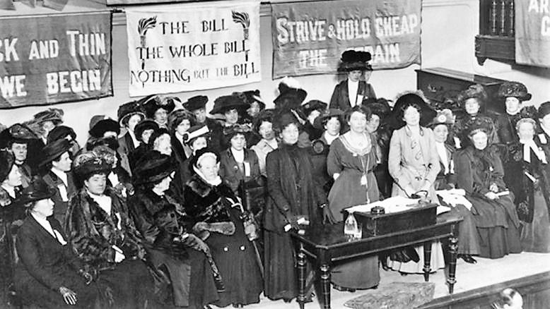 Suffragettes_England_1908.jpg