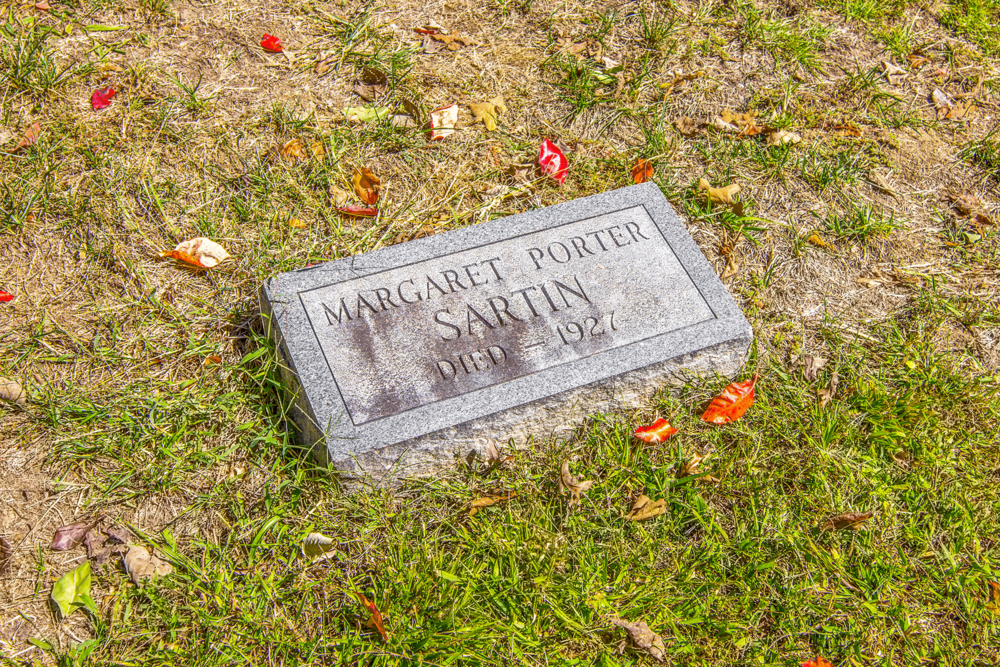 Born in 1889, Margaret was William's and Athol's only daughter. Athol, William's first wife, died of tuberculosis in 1897.
