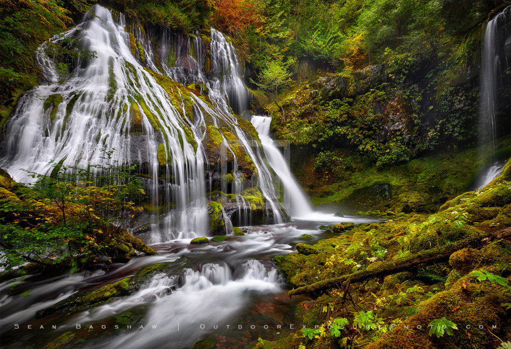 Panther creek falls - Southern WashingtonImage by Sean Bagshaw @ www.outdoorexposurephoto.com