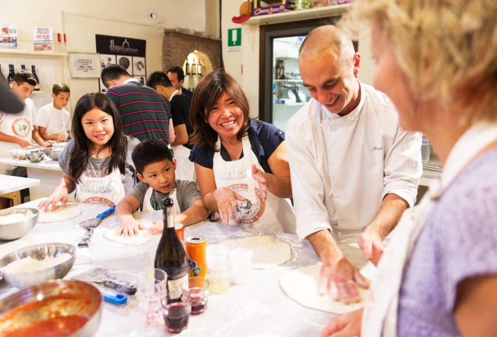 1451388852_Pizza_&_Gelato_Making_cooking_class