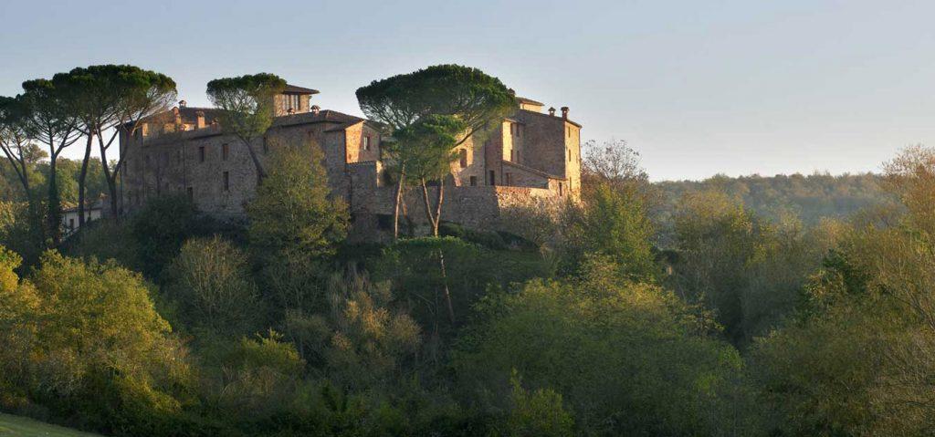 castel-monastero1