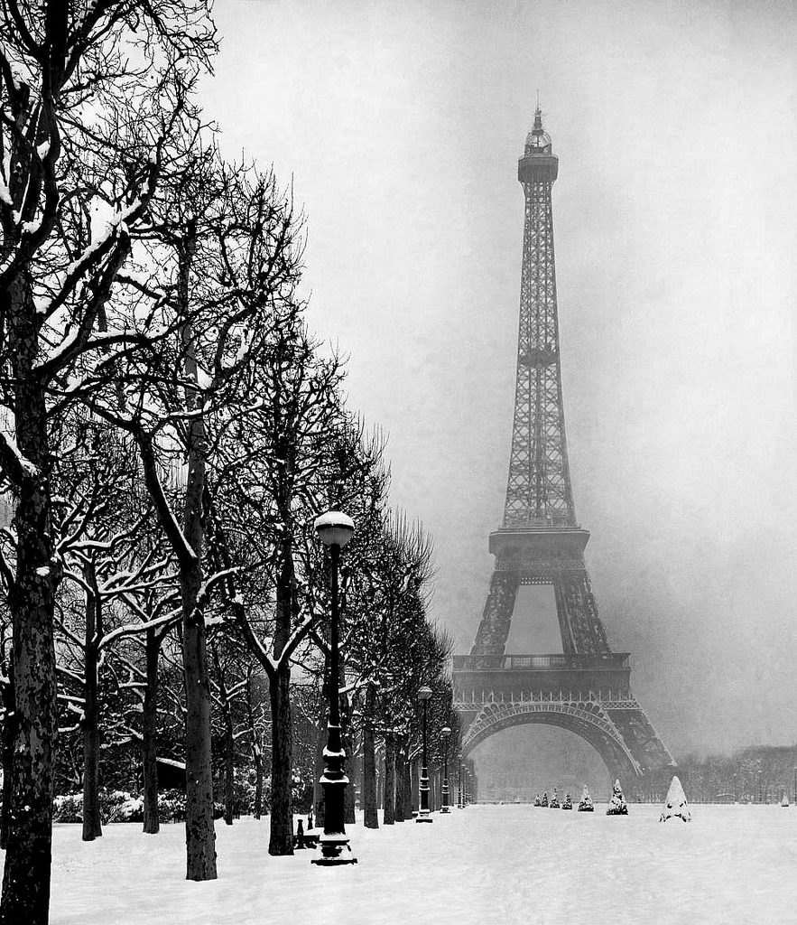 The-Eiffel-Tower-Paris-winter-1