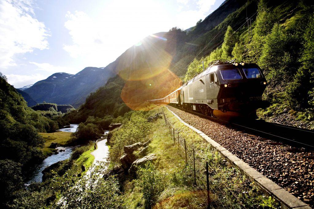 norway_in_a_nutshell_flamrailway_paal_audestad_fjordtourscom