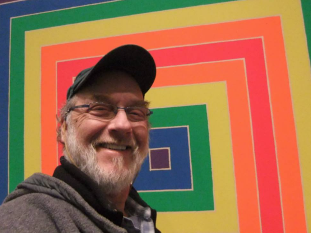 Scott was at his happiest visiting museums, as is shown by this selfie taken in front of a Frank Stella Painting.