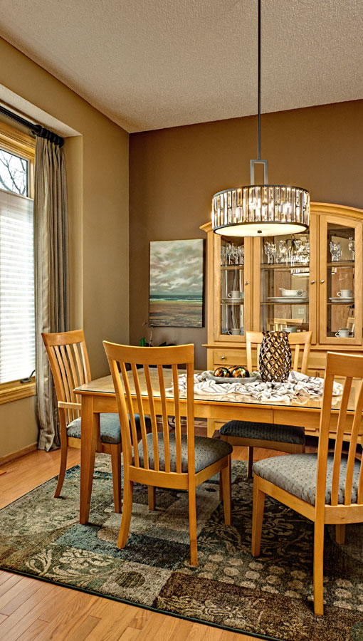 diningroom2-lg.jpg