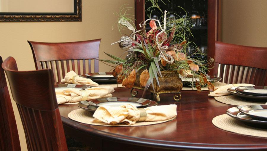 diningroom1-lg.jpg