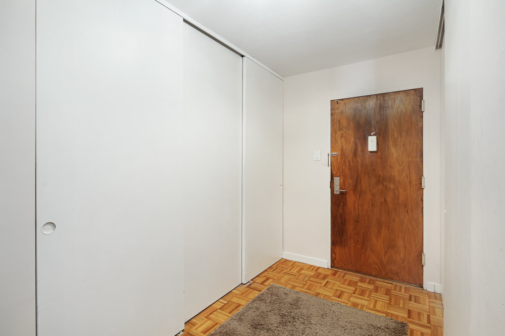 604 Washington Square Unit 1512-MLS-7.jpg