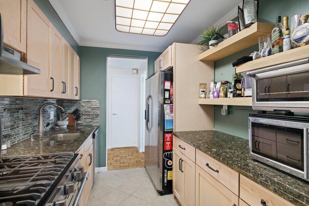 604 Washington Square Unit 1512-MLS-3.jpg