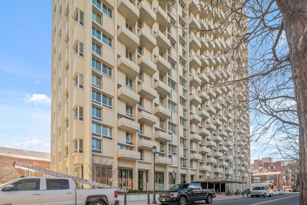 604 Washington Square Unit 1512-MLS-14.jpg