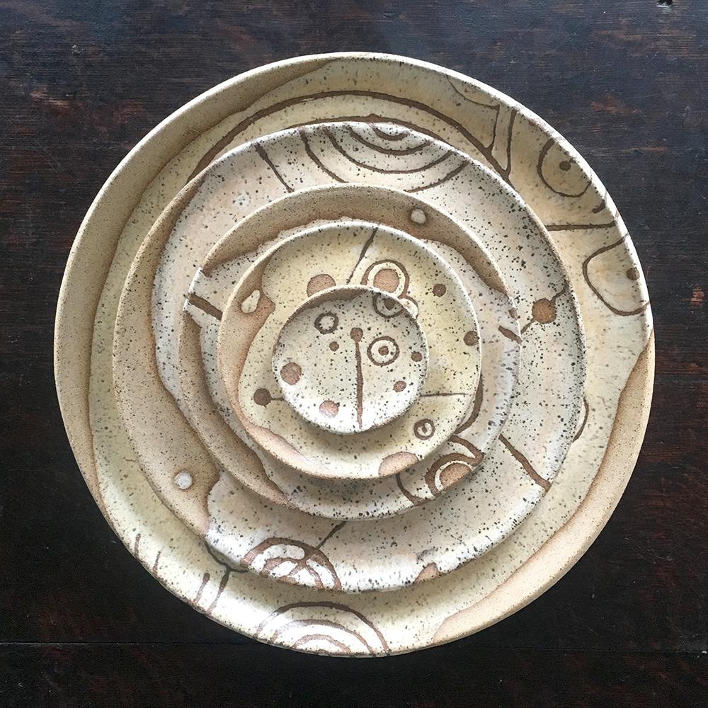"""plates! charger, dinner, 7"""", 5"""", 3"""" with créme brûlée speckled clay"""