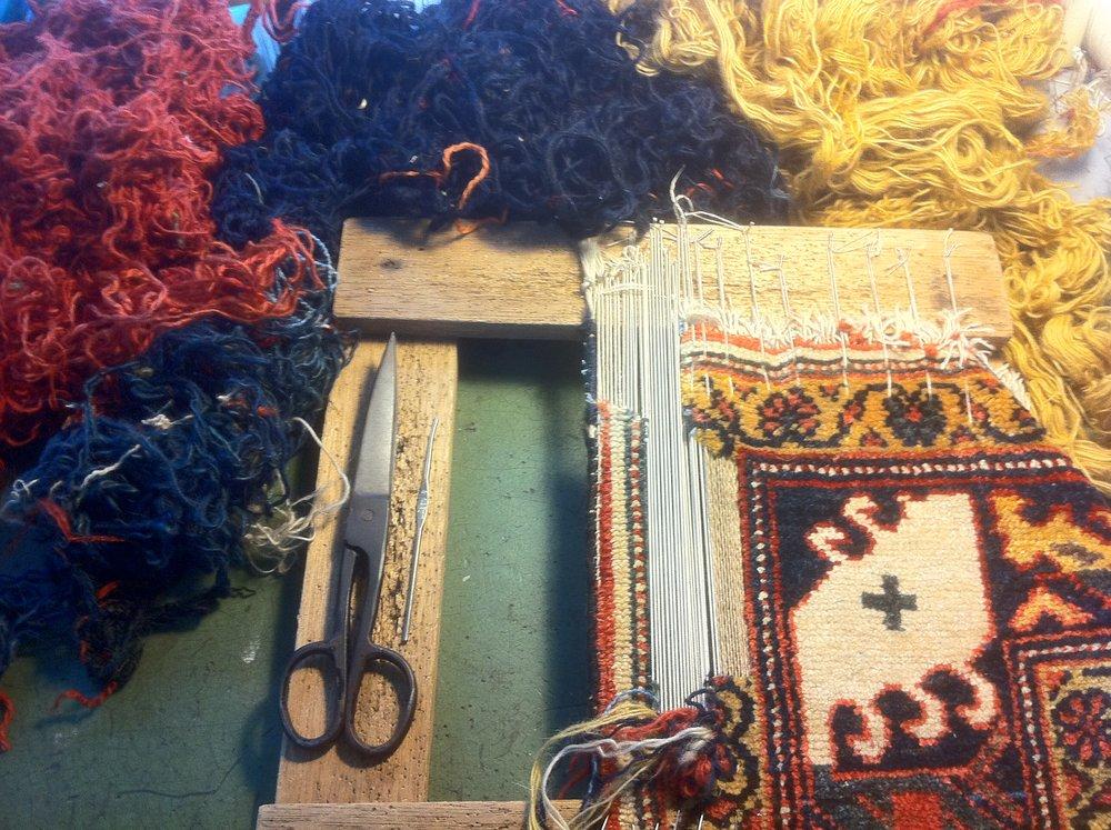 Persian-Carpet-Repair-Article-Summer-Edition-December-2012-Pic-06.jpg