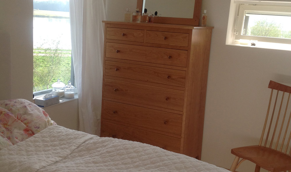 chests-shaker-seven-drawer-chest-vertical-dresser-bedroom