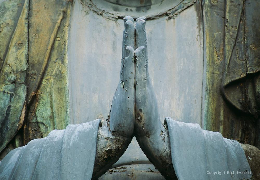 200012-prayerhands (1).jpg
