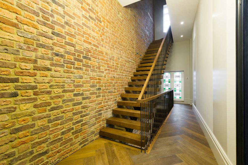 21 Vincent Terrace (1).jpg