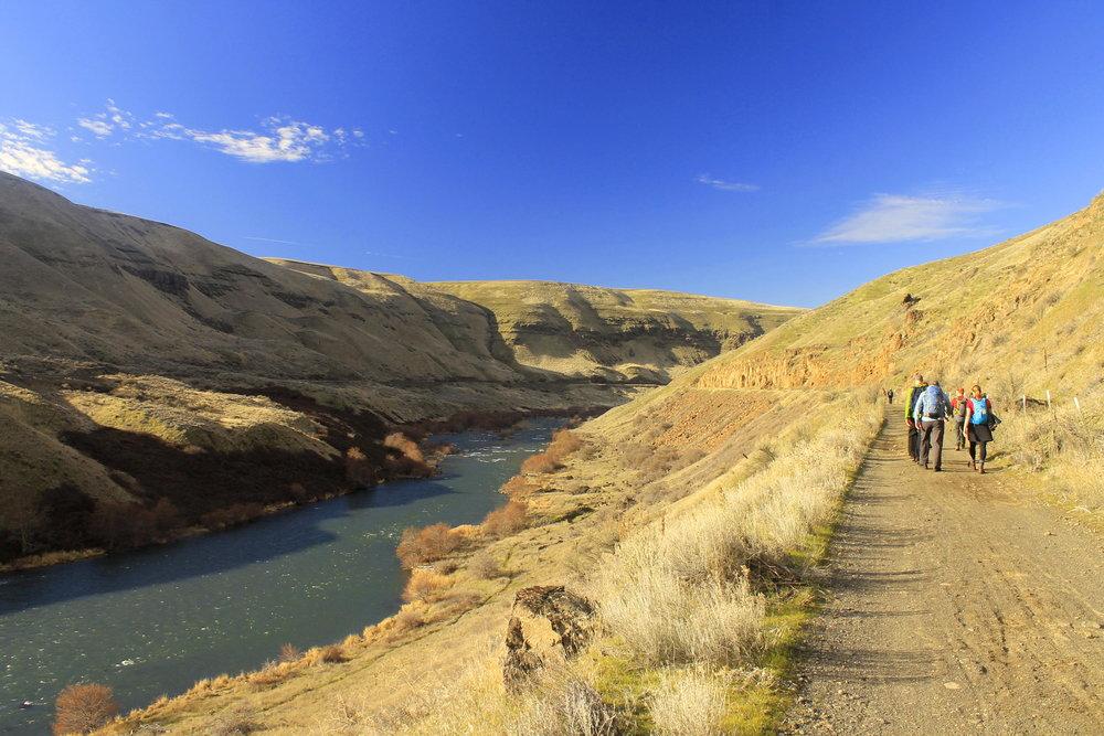 Hike 24: Deschutes River Trail