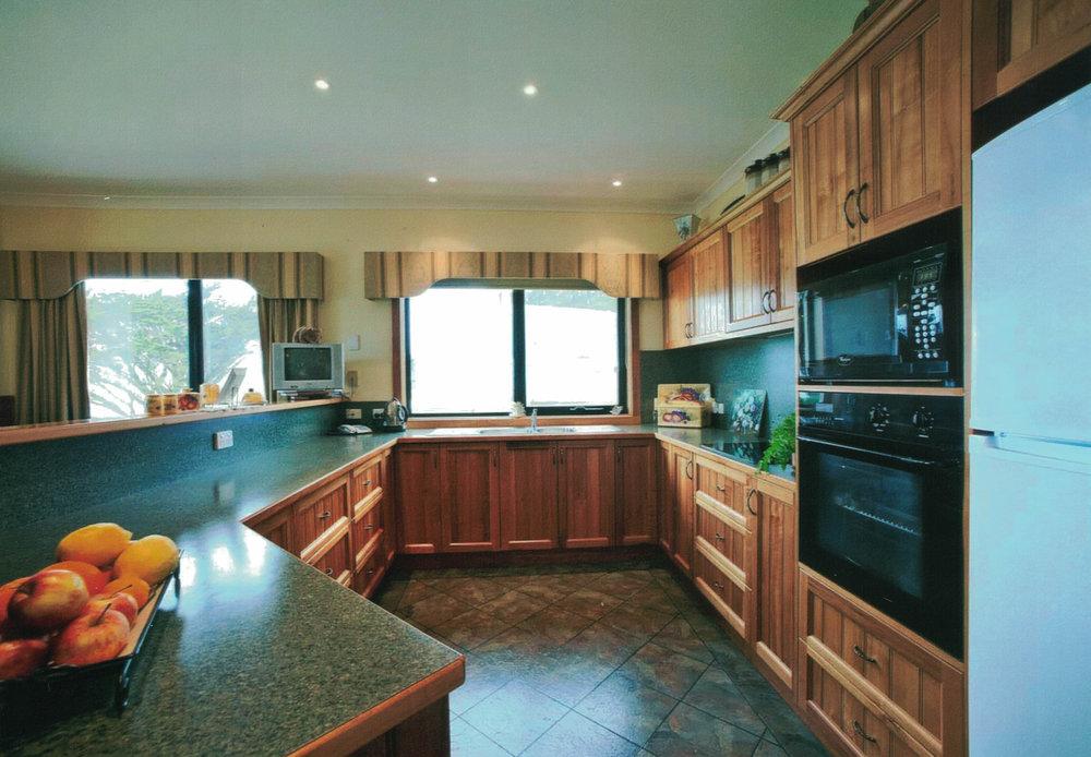 seaview_kitchen.jpg