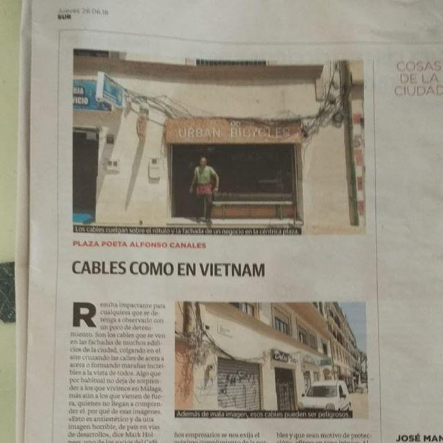 Extra, extra! Cables como en países en vías de desarrollo 😦 gracias @cafe_de_estraperlo