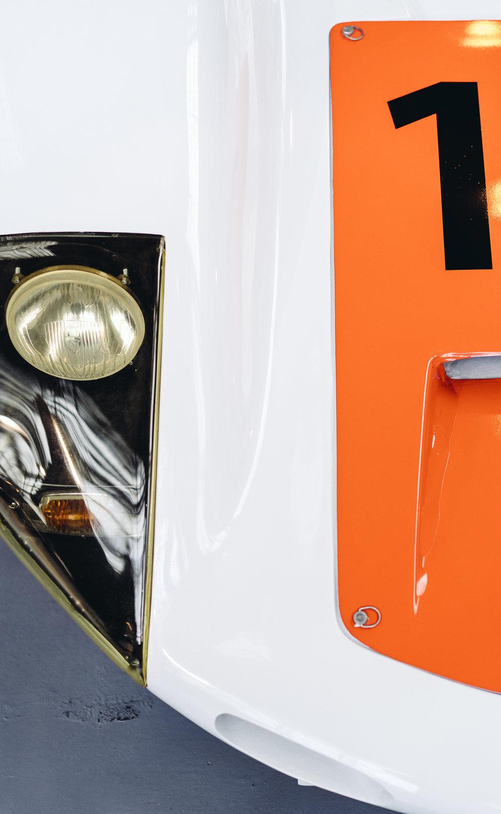 20190102_Autoworld_Porsche70-02584.jpg