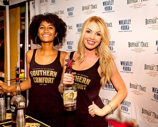 Southern Comfort and BIG smiles!🤗 ⠀⠀⠀⠀⠀⠀⠀⠀⠀ Tickets go on sale soon for this years Chicken Fight, make sure  you turn your post notifications on! . . . 📸: @andeckphoto