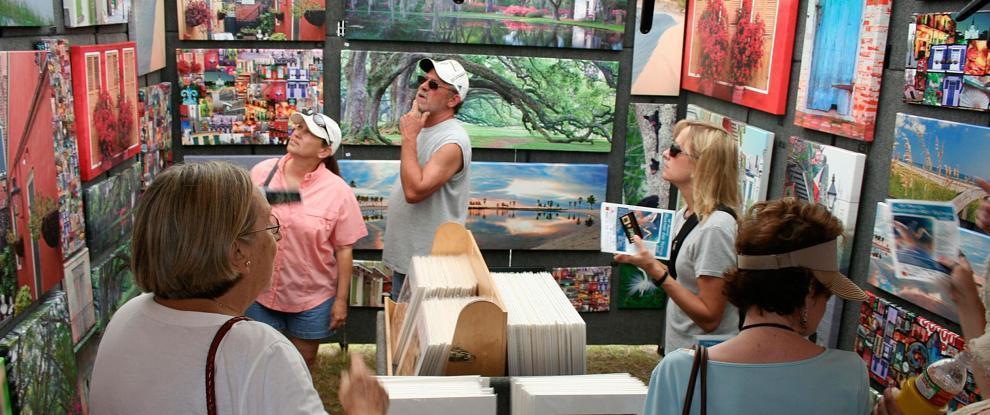 Art-Festival-attendees_17220_2776-990x415.jpg