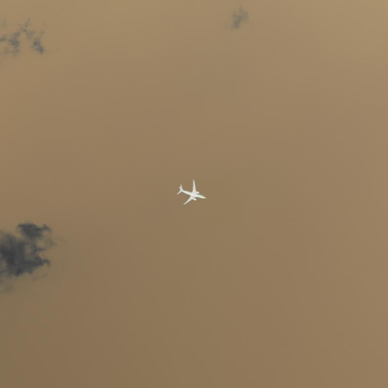 Plane 2-5B.jpg