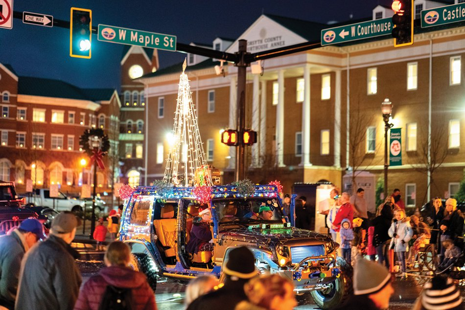 FCN_ChristmasParade_5_121818_web.max-1200x675.jpg