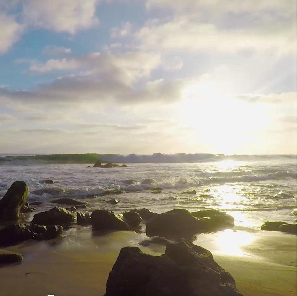 AFTERNOON WAVES - GOUACHE EN PLEIN AIRE