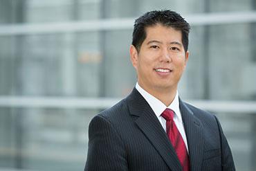 Andrew ho - Associate