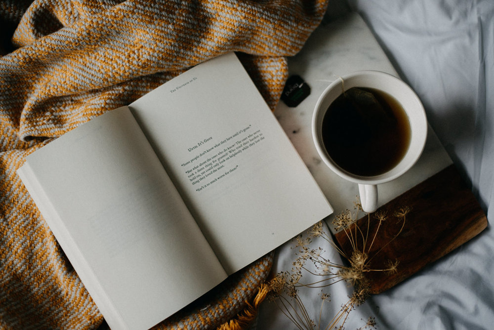 cosy-book-tea.jpg
