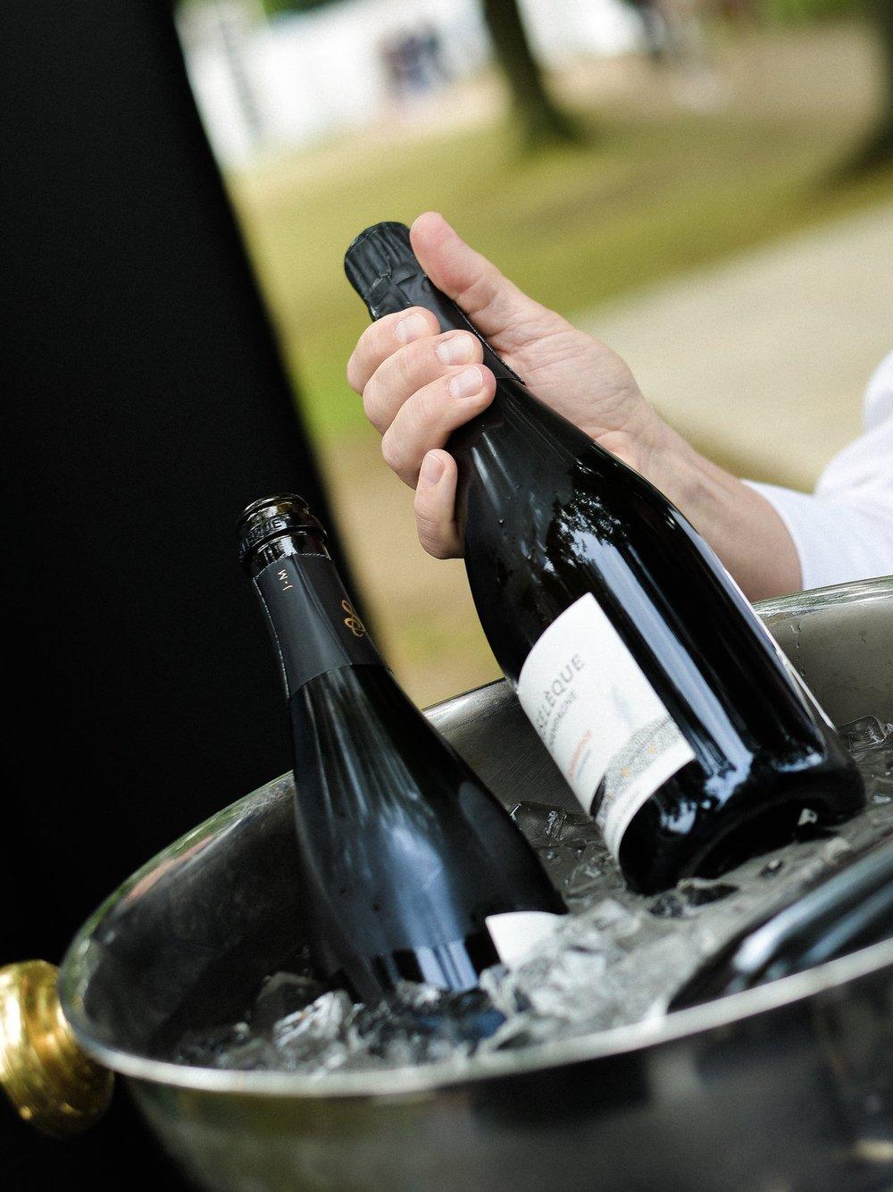 Tu portfolio online las 24hs - Presentá tus Vinos & Spirits de un modo claro, prolijo y consistente, disponible para tus compradores las 24hs, todos los días del año.