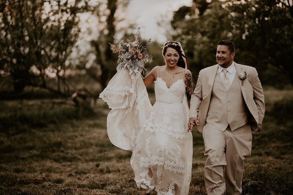 photographer_missouri_wedding_dreamy_nature_engagement_portrait_1.JPG