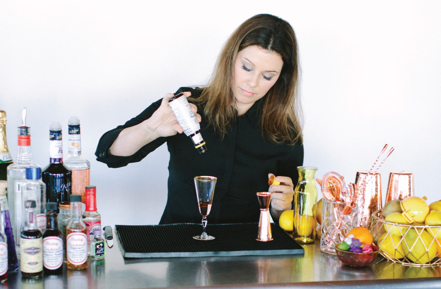 Culinary Creatives – Behind the Bar with DFW Wedding Bartender HD Liquid Catering  - Brides of North Texas