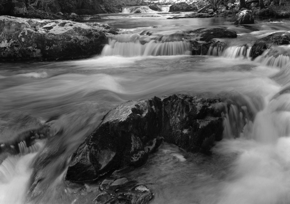 173_Tremont_River_Waterfall.jpg