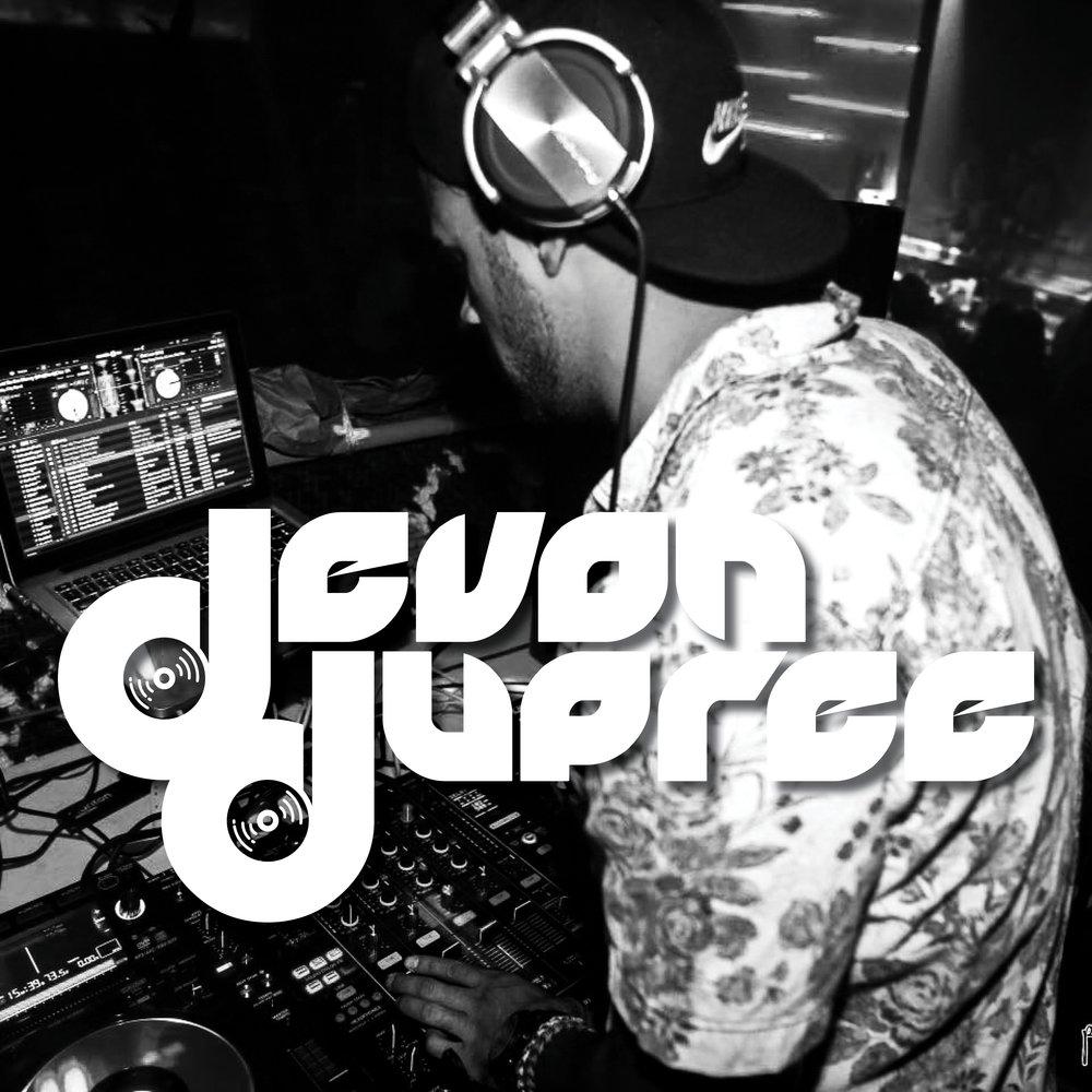 Devon DJ Graphic BW.jpg