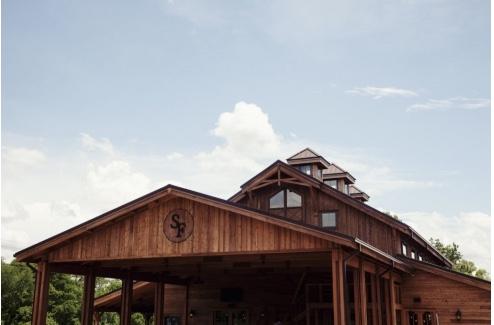 the-barn-at-syamore-farms.jpeg