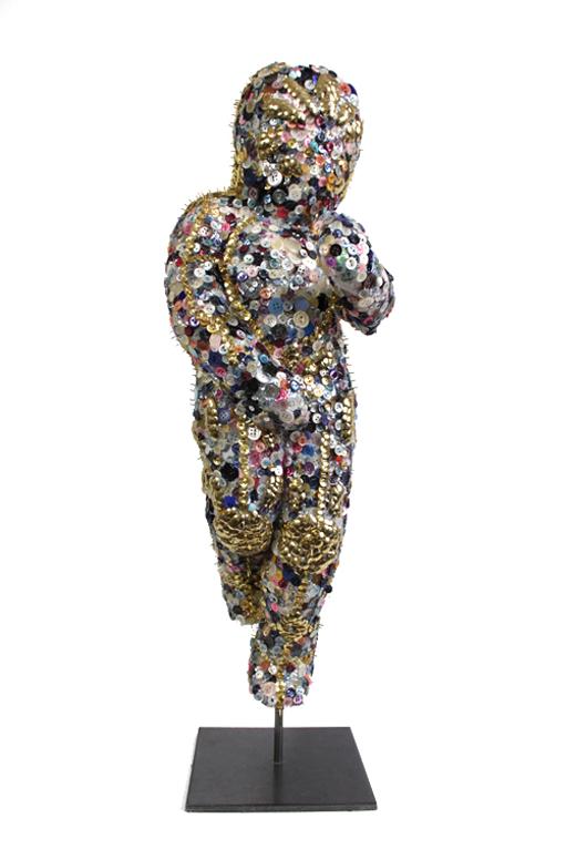 emma-vidal- Guerre des boutons-sculpture.png