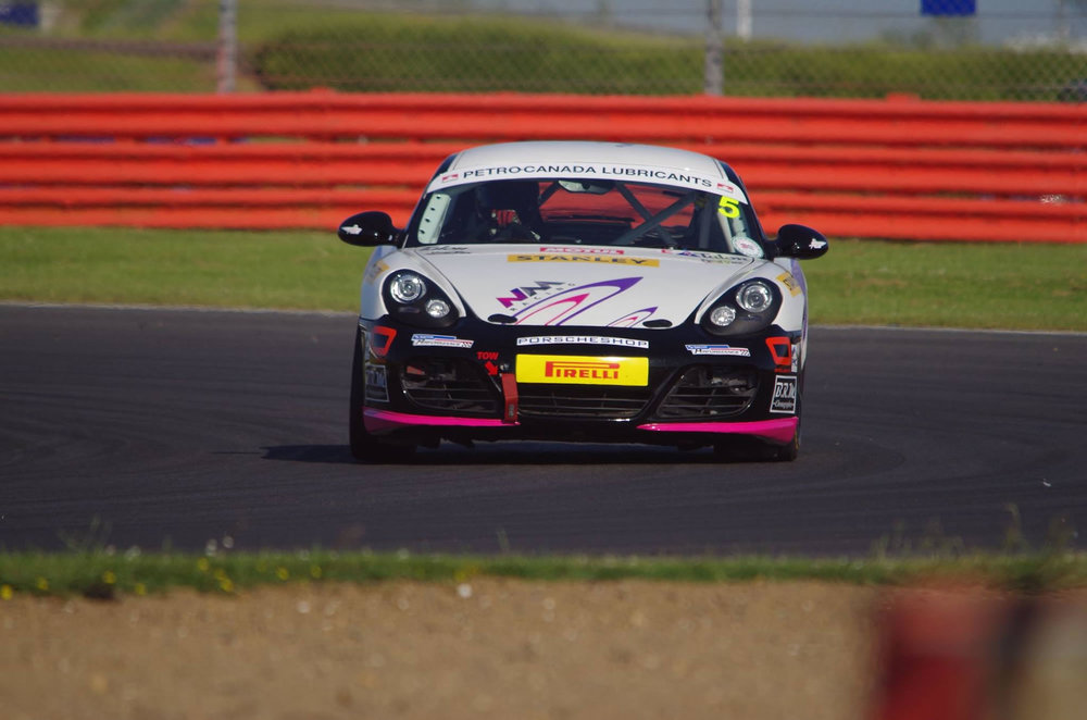 Nathalie_McGloin_Racer_Silverstone_Race_Front_Photo_'17.jpg