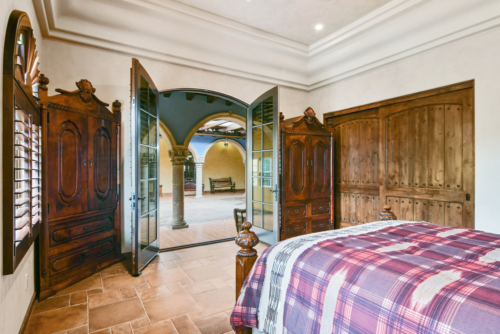 Bedroom 4- 131.jpg