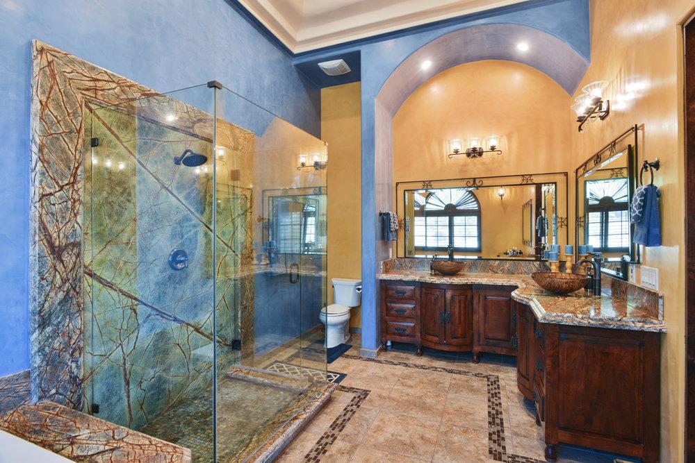 Master Bathroom- TW_8.JPG