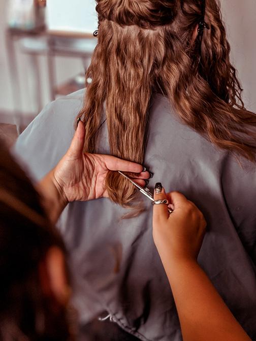 curly-hair-stylist-training-in-kansas-city-KC-Beauty-Kylie-Crinnian-5.jpg