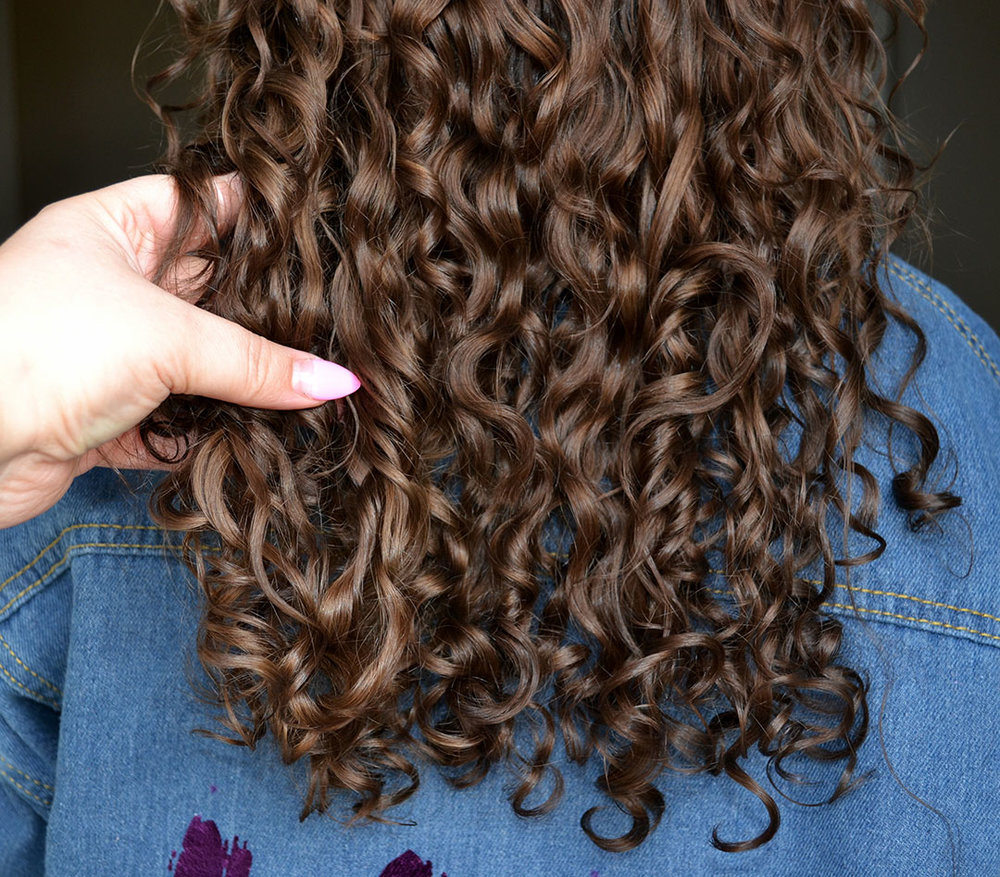 What-is-porosity-of-hair-Best-curly-hair-stylist-in-kansas-city-KC-Beauty-blog-1.jpg