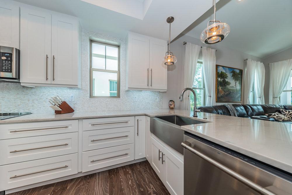 Kitchen4-3.jpg